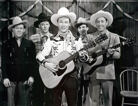 Roy Rogers (centro) con los Sons of the Pioneers